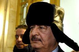 """Le maréchal Haftar veut """"infliger une leçon"""" à ses rivaux libyens"""