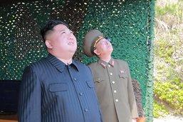 """Kim Jong-un ordonne un exercice de """"frappe à longue portée"""""""