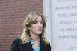 Corruption à l'université: Felicity Huffman plaide coupable