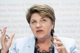 Chef de l'armée: Viola Amherd pas opposée à une candidature féminine