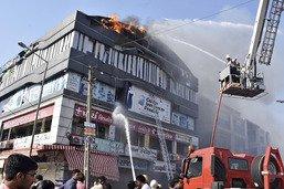 Au moins 19 étudiants meurent dans un incendie