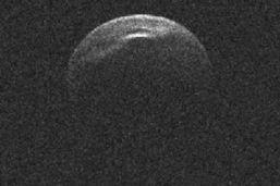 Un astéroïde «frôlera» la Terre dans la nuit