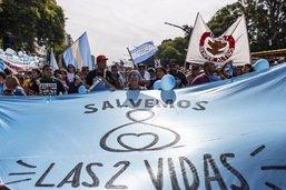 Marche de soutien anti-IVG en Argentine à un médecin condamné