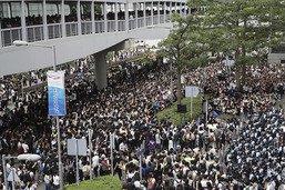Extradition vers la Chine: les Hongkongais à nouveau dans la rue