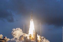 Ariane 5 décolle avec deux satellites de télécommunications