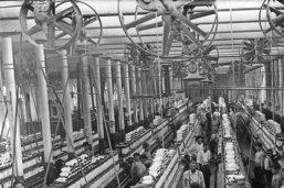 Un siècle au service des travailleurs