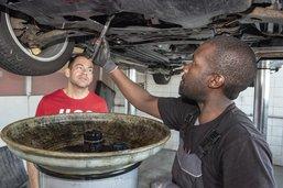 Un garage reçoit le Prix Migration et emploi 2019