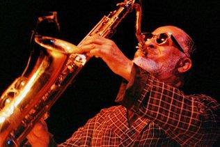 Trente-cinq saxophones rares volés à un collectionneur