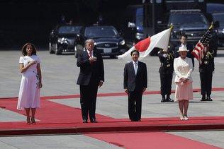 Donald Trump, premier hôte du nouvel empereur japonais