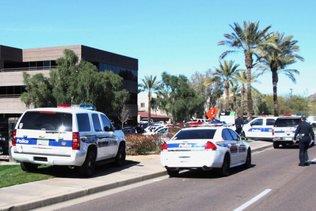 Phoenix: excuses après l'arrestation violente d'une famille
