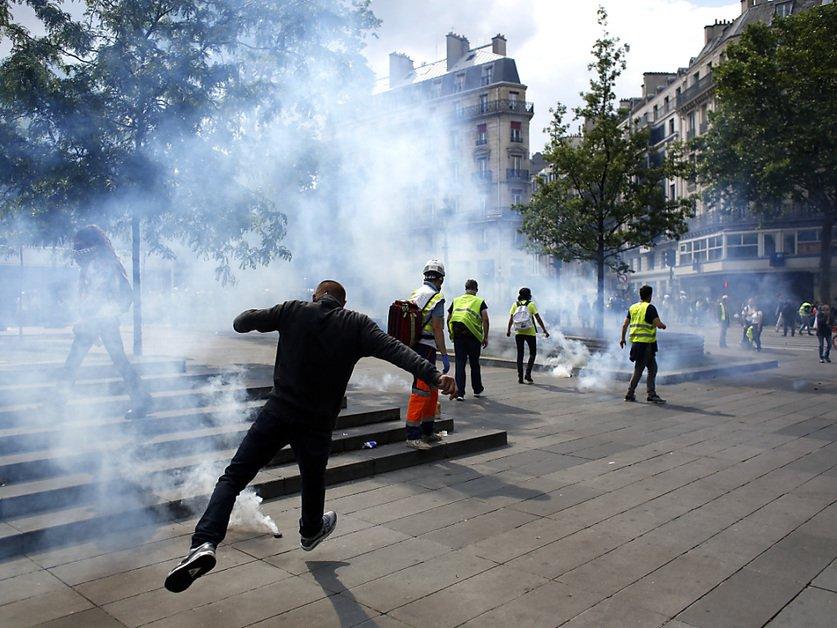 De moins en moins de «gilets jaunes» dans la rue, à la veille des européennes