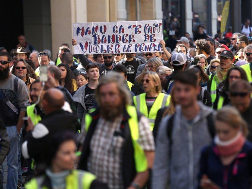 """""""Gilets jaunes"""": faible mobilisation pour l'acte 31 en France"""