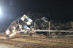Un pont roulant s'effondre à Birsfelden à cause de forts vents