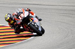 Moto2: Thomas Lüthi dans le coup en République tchèque