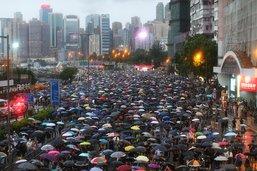 Hong Kong: la plus grande manifestation depuis des semaines