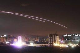 """La défense antiaérienne syrienne tire sur des """"missiles israéliens"""""""