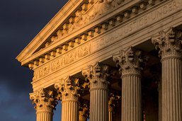 La Cour suprême valide les restrictions sur le droit d'asile