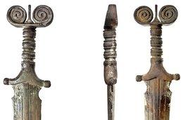 L'étrange épée des «tréfonds» du lac de Neuchâtel