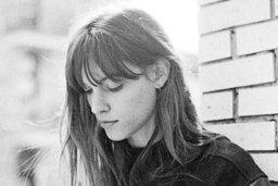 Charlotte Cardin, en mode soul