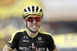 Simon Yates gagne dans les Pyrénées