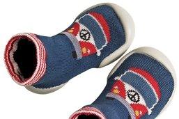 Les chaussons-chaussettes, c'est le pompon