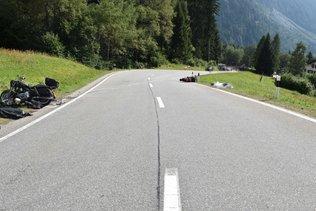 Deux motocyclistes meurent dans un accident aux Grisons
