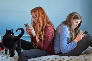 Les jeunes perçoivent la connexion permanente comme positive