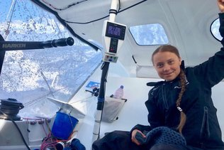 Le voilier de Greta Thunberg prévoit une arrivée mardi à New York