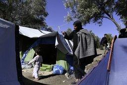 Les migrants dépérissent en Grèce
