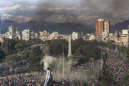Tournant social du président chilien pour tenter d'apaiser le pays