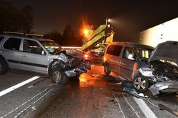 Deux blessés dans un accident de la route à Wangen (ZH)