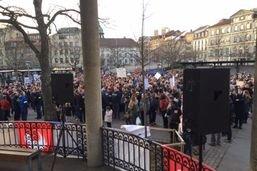 Manifestation contre la réforme de la caisse de pension à Fribourg