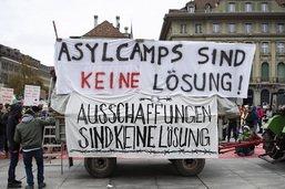 Manifestation à Berne contre les camps de réfugiés