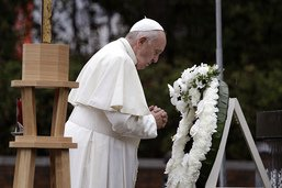 A Nagasaki, le pape François s'attaque aux armes nucléaires