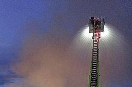 Le feu ravage entièrement une entreprise