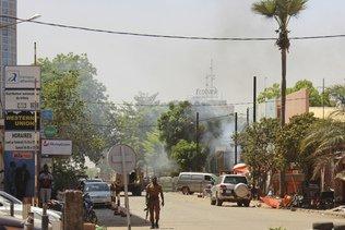 Au moins cinq soldats tués dans une embuscade au Burkina