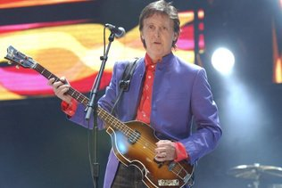 Paul McCartney tête d'affiche du 50e festival de Glastonbury