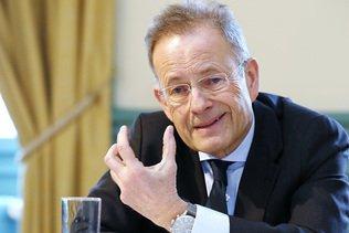 Genève attribue la bourgeoisie d'honneur à Michael Møller
