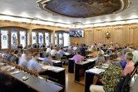 Le Conseil général approuve la baisse d'impôts