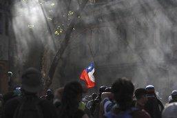 Manifestations et violences au 50e jour de crise sociale au Chili