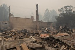 Incendies en Australie: des villes entières évacuées