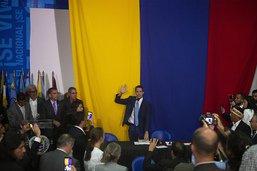 Venezuela: deux chefs revendiquent la présidence du Parlement