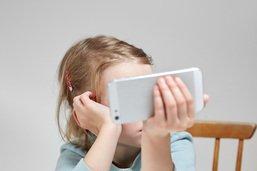 Mieux vaut éviter de mettre les enfants devant un écran le matin