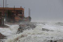 Trois morts et des écoles fermées en raison d'une tempête