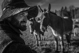 L'un des derniers bergers itinérants de Suisse romande