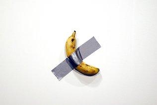 Un artiste vend une banane 120'000 dollars, un autre la mange