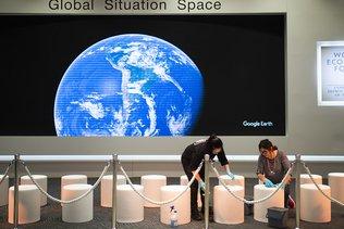 50 ans du WEF: les bonzes dans la neige pour améliorer le monde