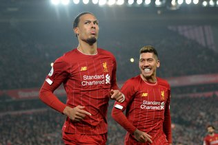 Liverpool prend 16 points d'avance