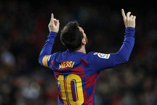Le Barça rejoint le Real en tête
