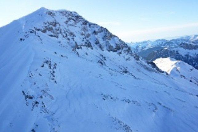 Un randonneur à skis fribourgeois perd la vie dans l'Oberland bernois